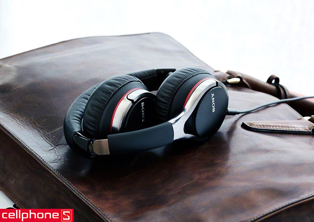 Tai nghe Sony MDR-10RC