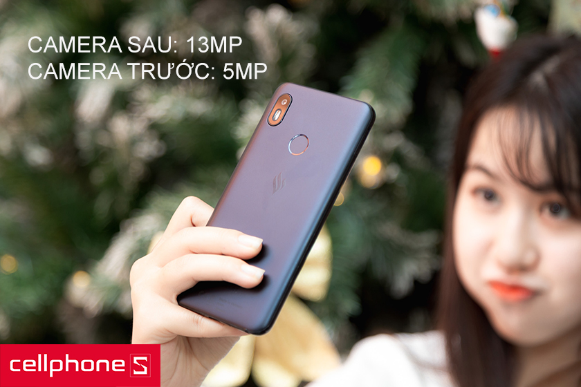 Camera sau 13MP f/2.0, camera trước 5MP